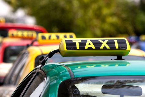 Dubai to add 3,268 new taxis to fleet by 2020